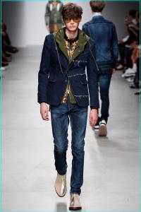 画像引用元:http://media.style.com/image/ts/fashion-shows/spring-2015-menswear/paris/miharayasuhiro/collection/1366/2048/_ARC0135.1366x2048.JPG