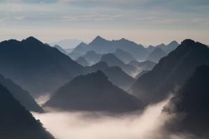 まとめ ベトナム 山 フリー素材